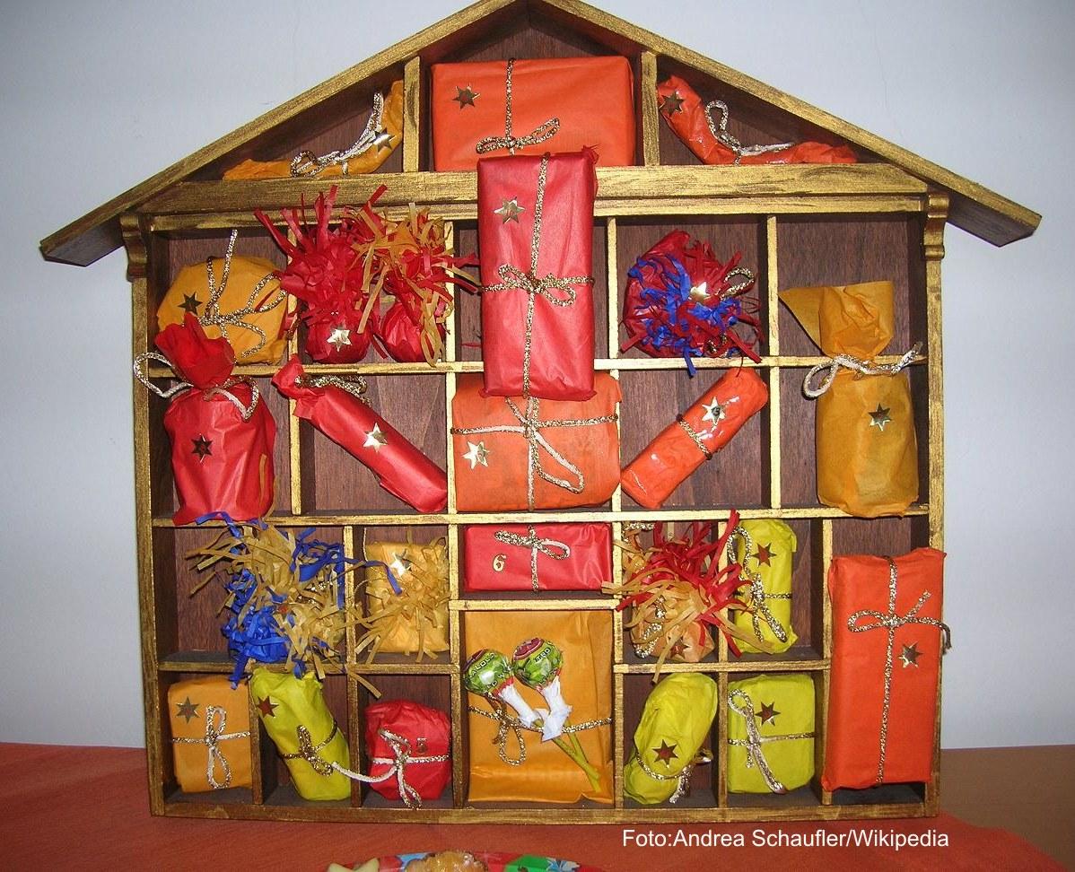 Adventkalender, Bild von Andrea Schaufler, Wikipedia